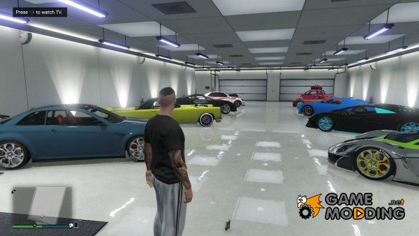 A new bug in the PC version of GTA 5 disappearing car in a full garage